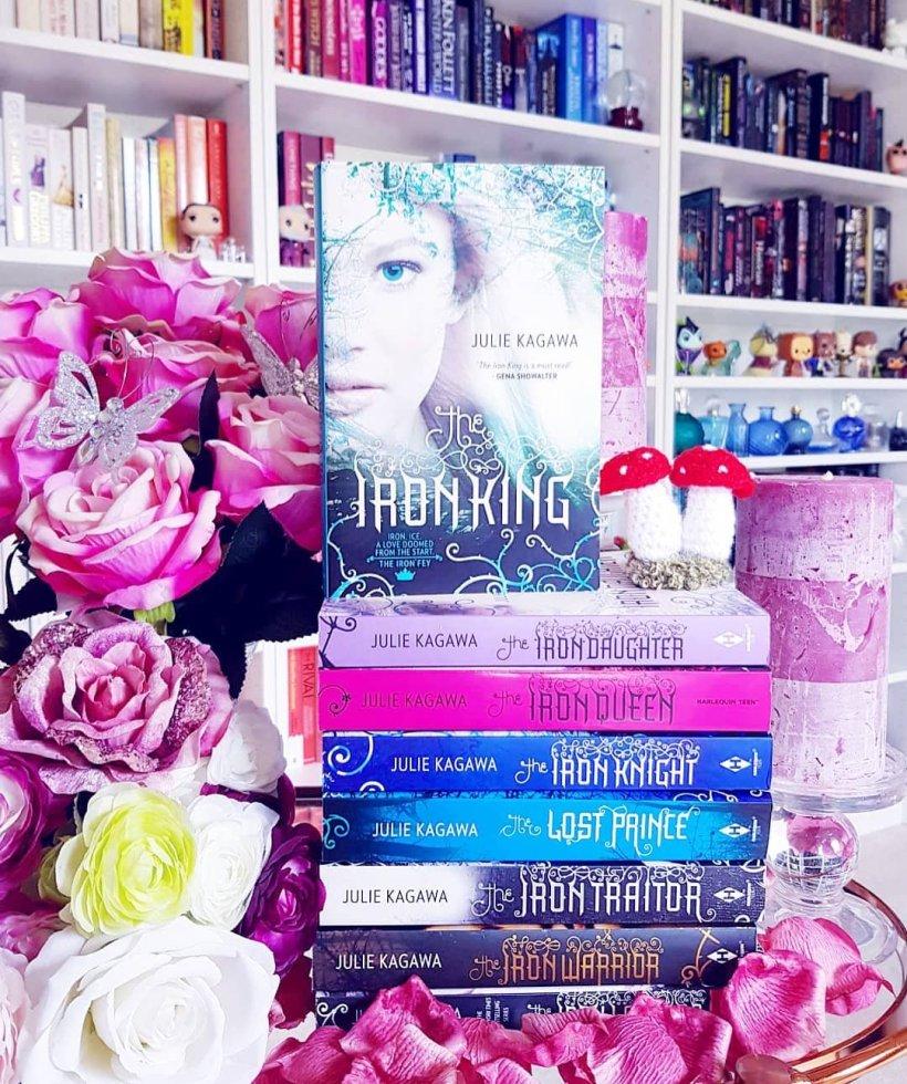 Abosas read alongs – enchanted bookshelf